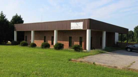 FOR SALE - 5100 sq ft office/warehouse off I-85 Sp
